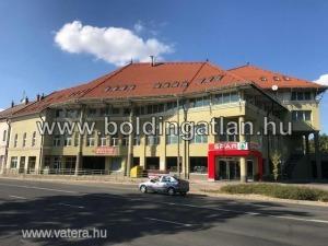 B vagy B+ Iroda Kaposvár Belváros Petőfi tér