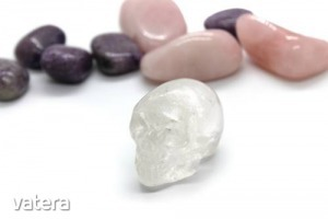 Hegyikristály ásvány koponya (kicsi)