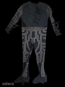 9-10 évesre izmosított jelmez - Batman