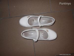 Mountain fehér csajos lakk cipő 34-es NézD (meghosszabbítva: 3045654977) - Vatera.hu Kép