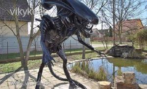 Alien életnagyságú hires  sci-fi  szobor - Vatera.hu Kép