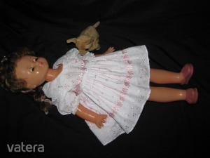 ár alatt,játékbaba 63 cm,babázás,szépséges alvós,hajas új hímzett ruhában,rózsaszín cipőben,kutyusal