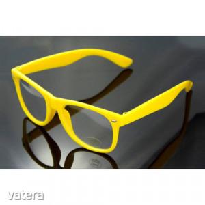 divat szemüveg vásárolni