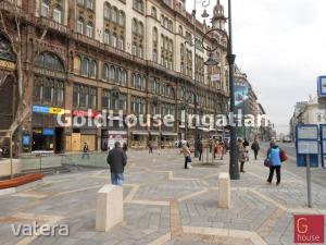 Utcai bejárattal Üzlethelyiségek Budapest Belváros Ferenciek terénél