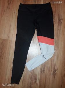 Nike fitnesz nadrág L-es