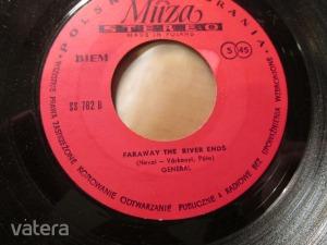 GENERÁL - FARAWAY THE RIVER ENDS - MUZA SS 782 - LENGYEL SP