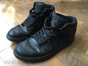Nike Air Jordan cipő 45 (29cm)