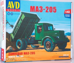 AVD Models 1374 MAZ 205 Billencses Teherautó