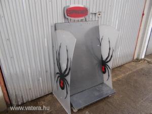 Spyder-Pókos 4 keréken  gurulós fémállvány,polcok nélkül,de használható állapotban,gyerekszobal volt