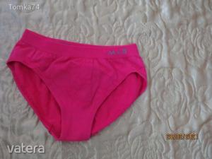 98/104-es   új  rózsaszín szíves  alsónemű