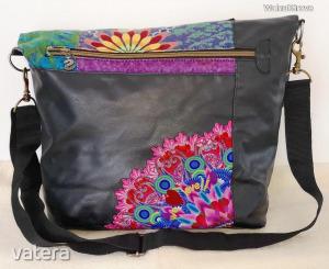 Desigual igényes divatos női táska