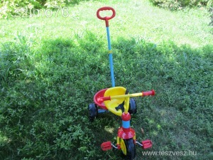 Tricikli kisebb gyerekeknek