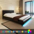 MODENA Ágykeret 140 x 200 cm LED-es világítással műbőr Fekete