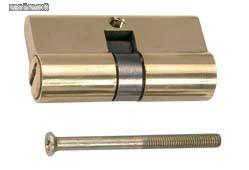 BGS-8093 Zárbetét 70mm erősített