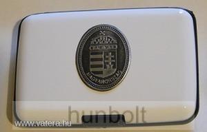 Bankkártya tartó metál fehér színű ón címer matricával