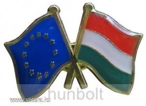 Kitűző, páros zászló EU-Magyar jelvény 26x15 mm