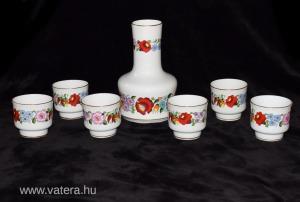 Új állapotú 7 részes eredeti Kalocsai mintás porcelán boros készlet